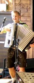Bayerische Band mit Akkordeon