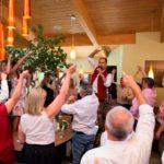 Hochzeitsband Stimmung beim Brautstehlen