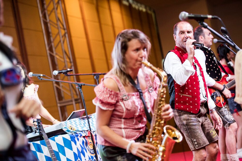octoberfest cambodia german oktoberfest band gaudiblosn